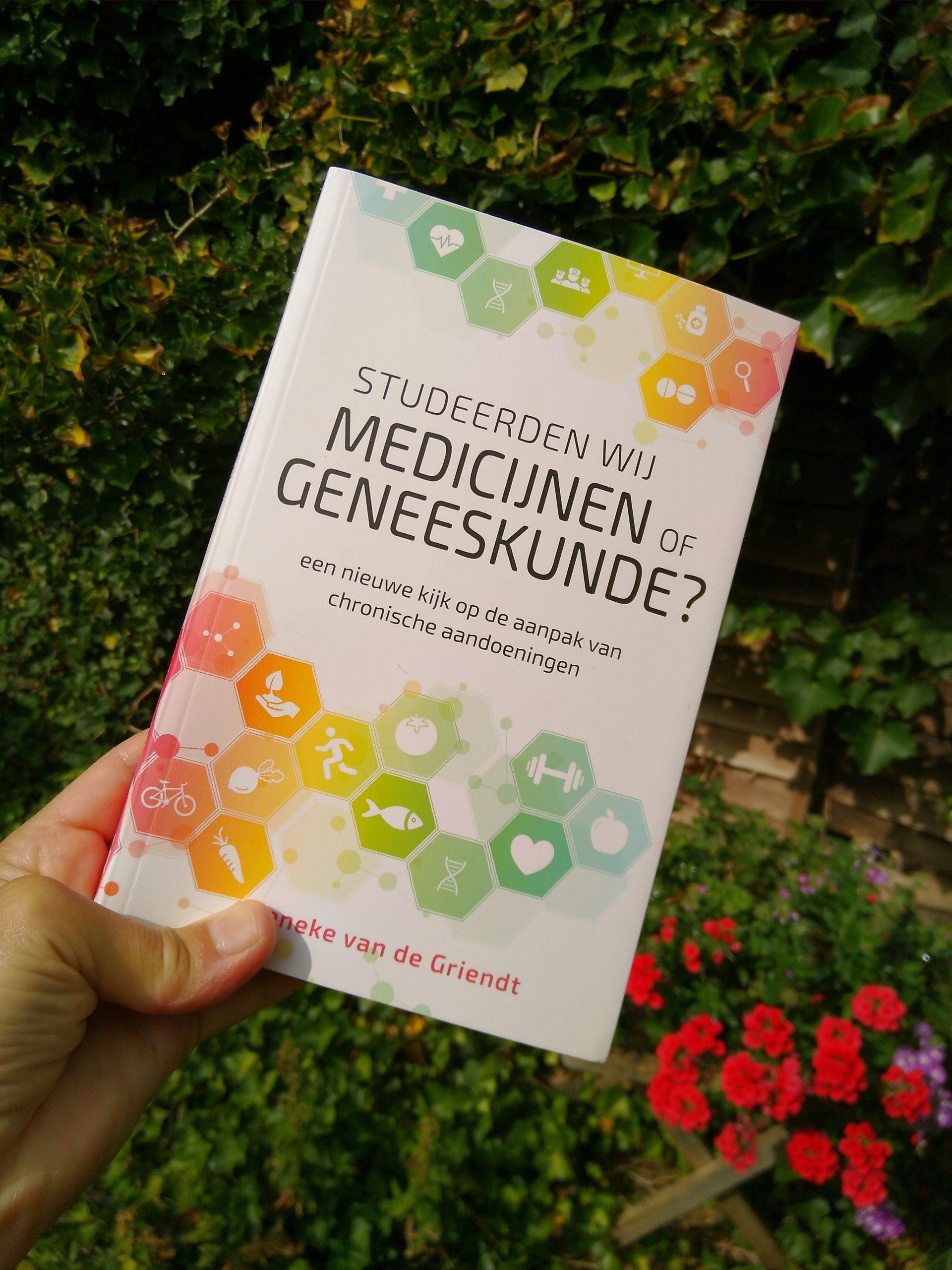 Boekbespreking Medicijnen of geneeskunde?